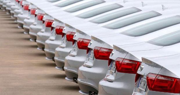 انتظار بی نتیجه یک ساله برای تنظیم بازار خودرو/ عده ای نمی خواهند خودرو ارزان شود